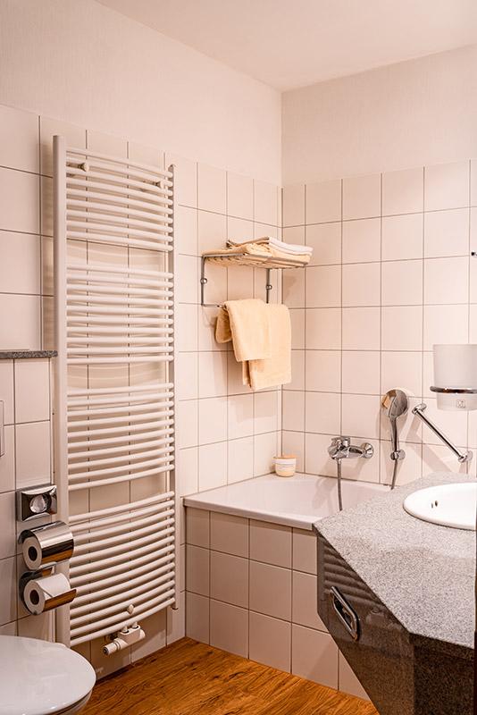 Badezimmer-Suite-2